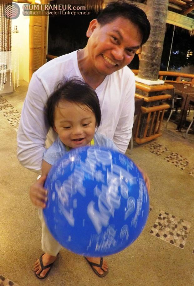 Acuaverde birthday balloon