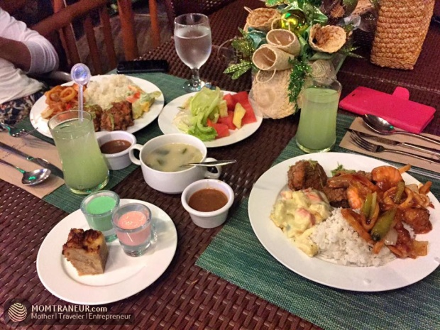 Acuaverde Buffet Dinner